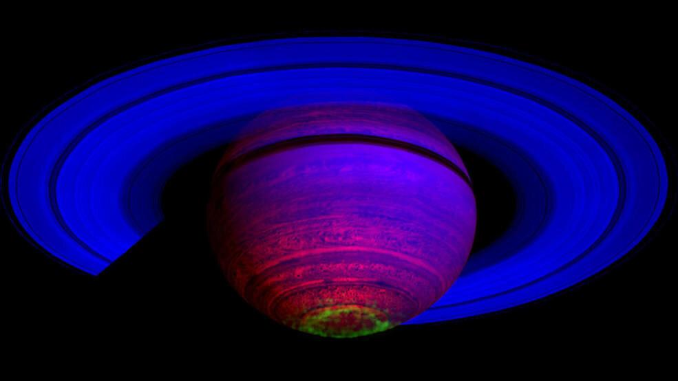 Органічна матерія з Енцелада могла розвинутися в щось незвичайне на Сатурні